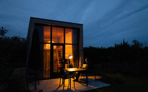 Tiny House im Dunkeln